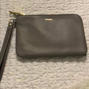Little gray mini wristlet - Fossil - Brand New!